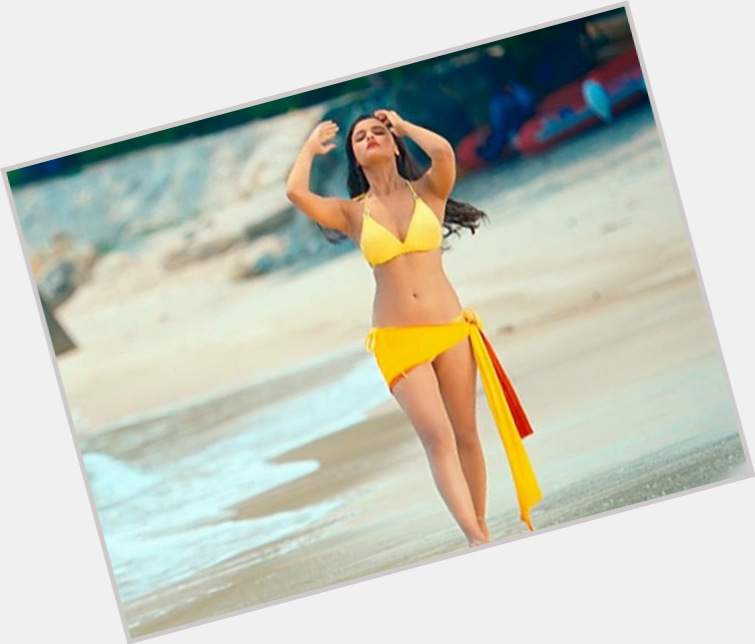 Alia Bhatt exclusive hot pic 5