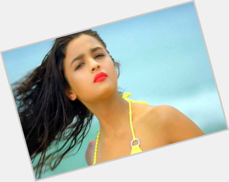 Alia Bhatt exclusive hot pic 7