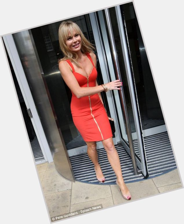 Amanda Holden new pic 10