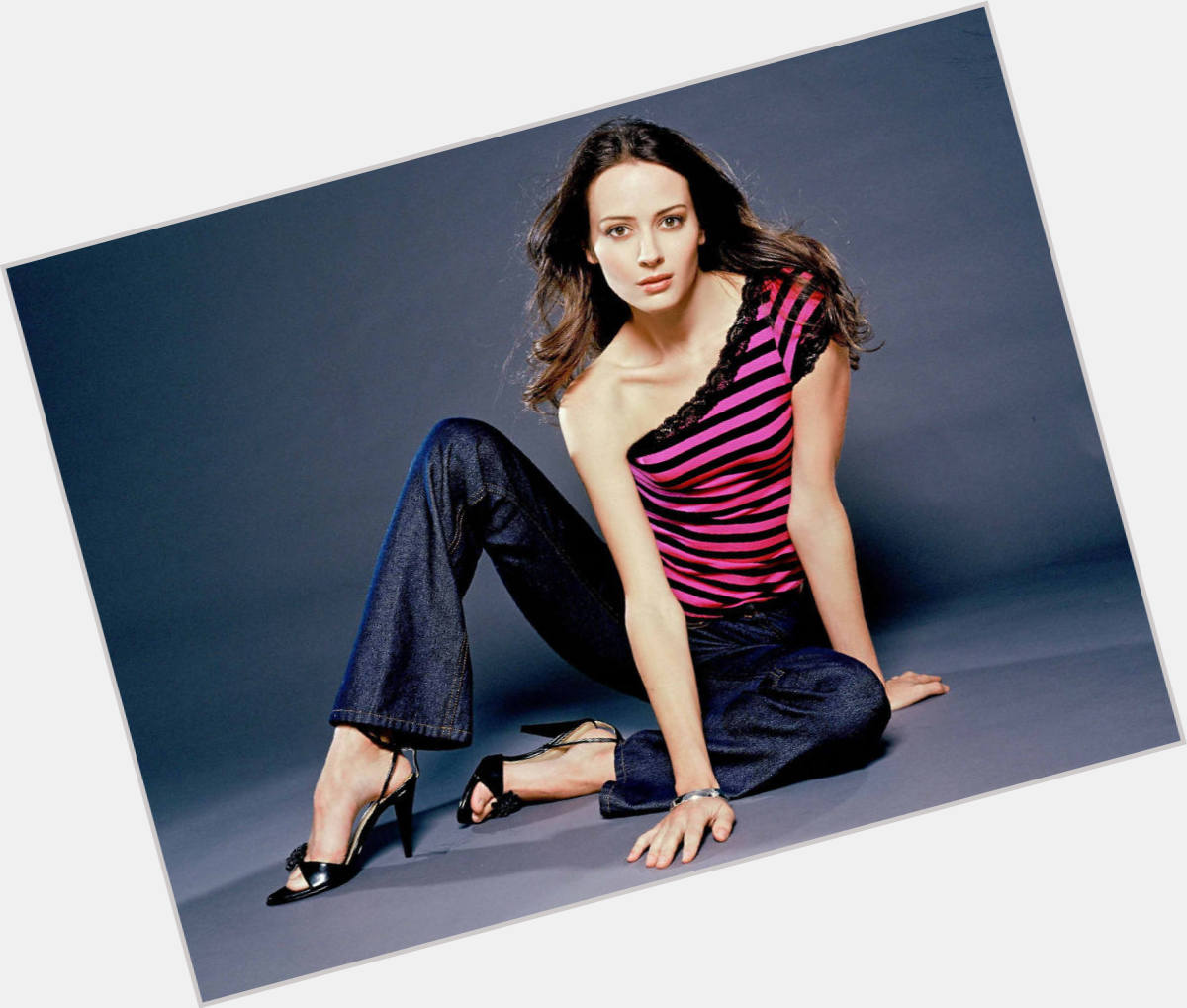 Amy Acker exclusive hot pic 7