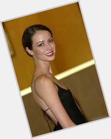 Amy Acker exclusive hot pic 9
