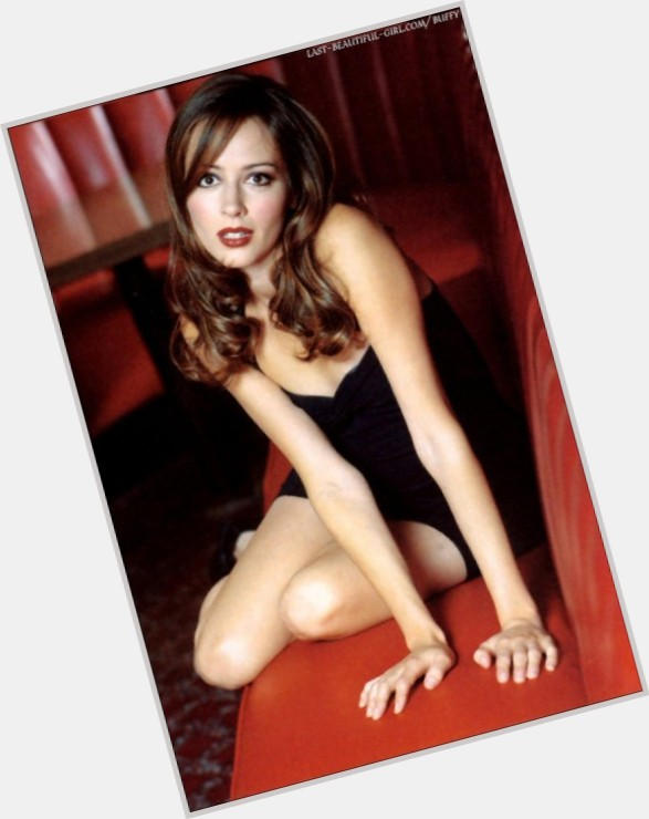 Amy Acker young 6