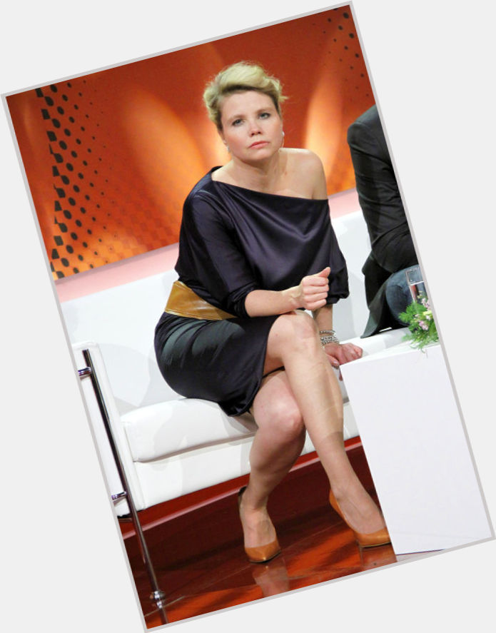 Annette Frier Sexy