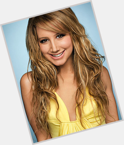 Ashley Tisdale dating 0