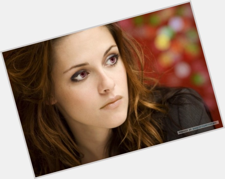 Bella Swan dating 5