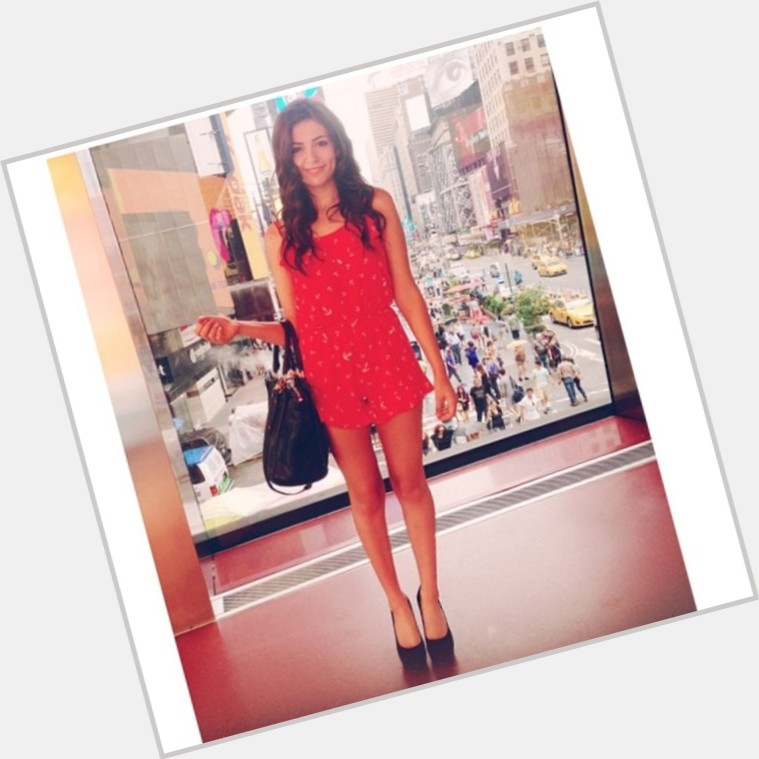 Bethany Mota full body 3