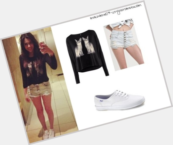 Bethany Mota full body 4