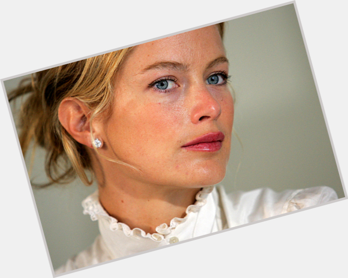Carolyn Murphy Exclusive Hot Pic 8