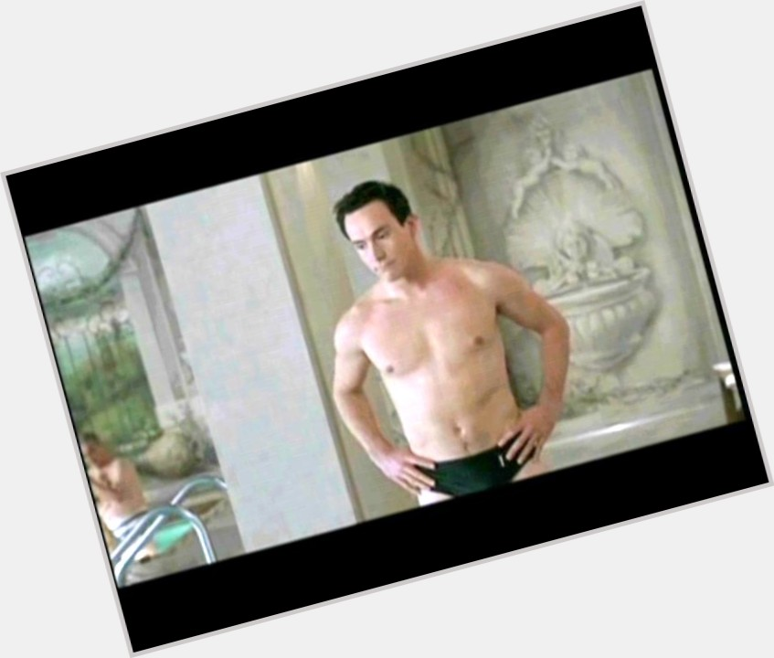 Chris Klein full body 3