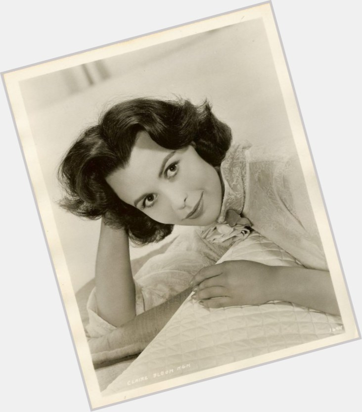 Claire Bloom full body 11