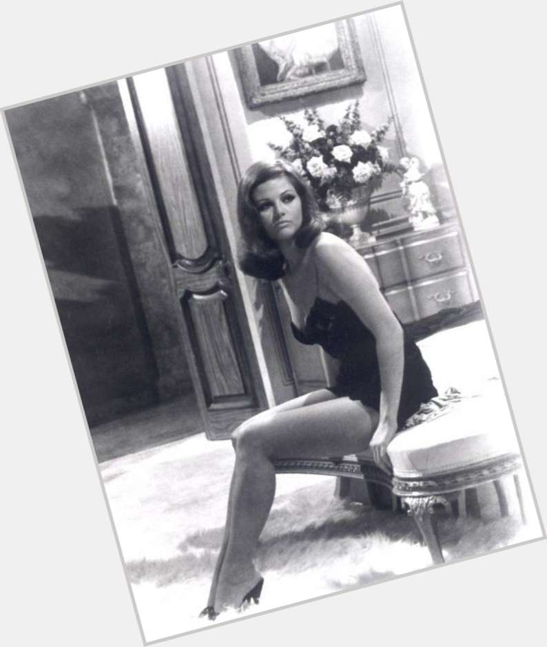 Claudia Cardinale full body 2