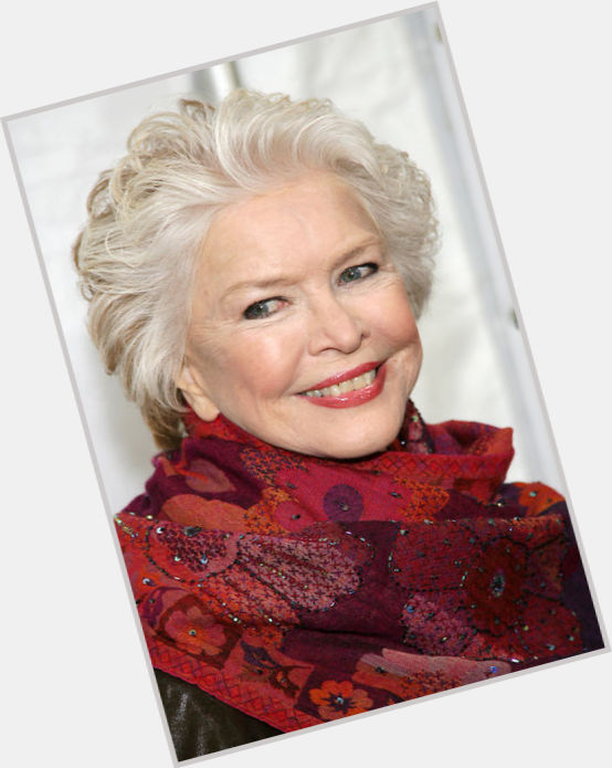 Ellen Burstyn full body 8