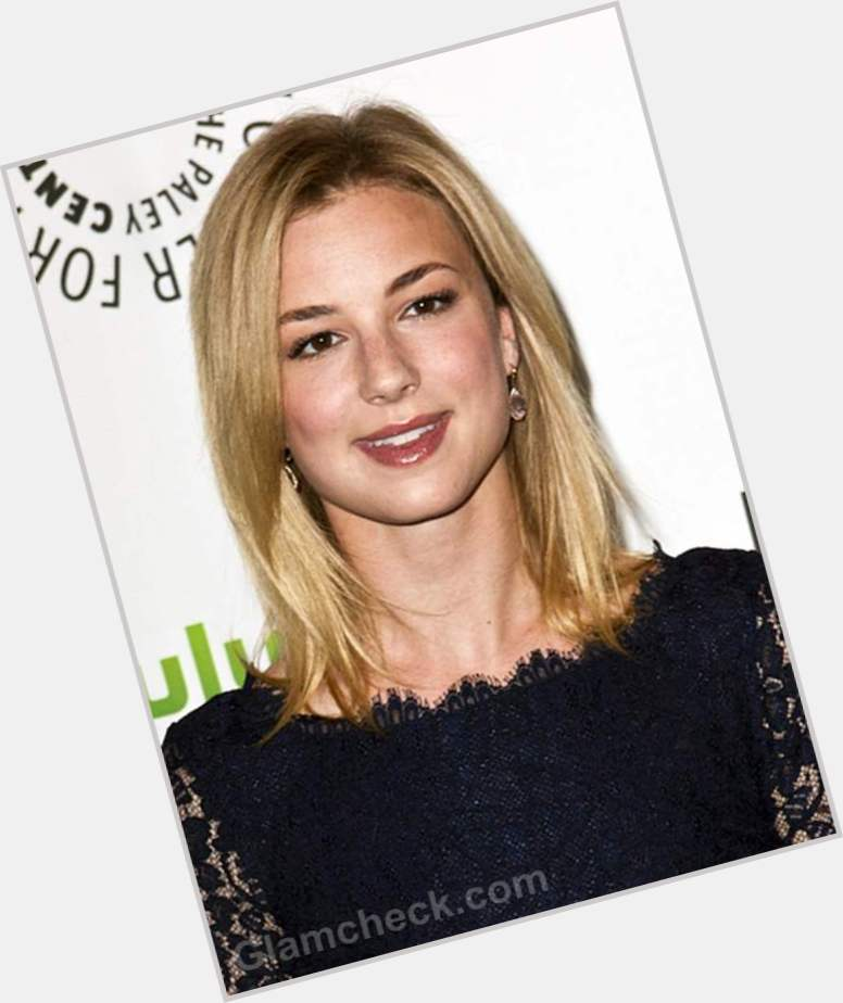 Emily Vancamp birthday 2015