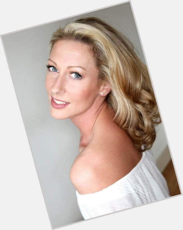 Faye Tozer full body 10