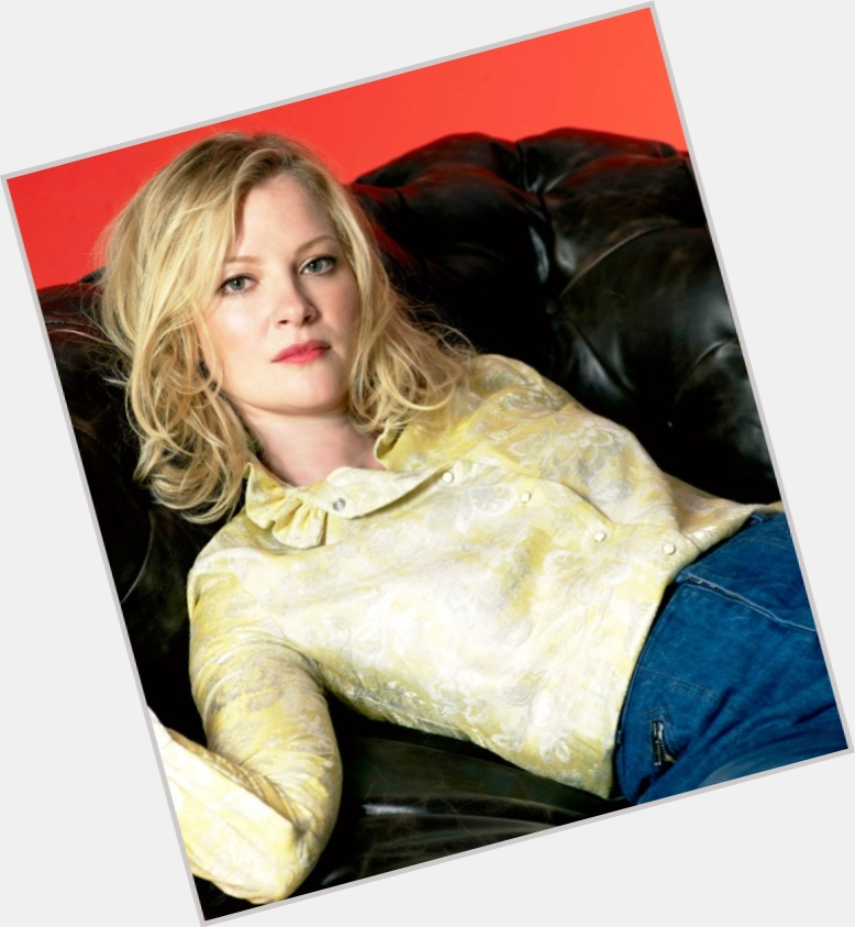 Gretchen Mol full body 7