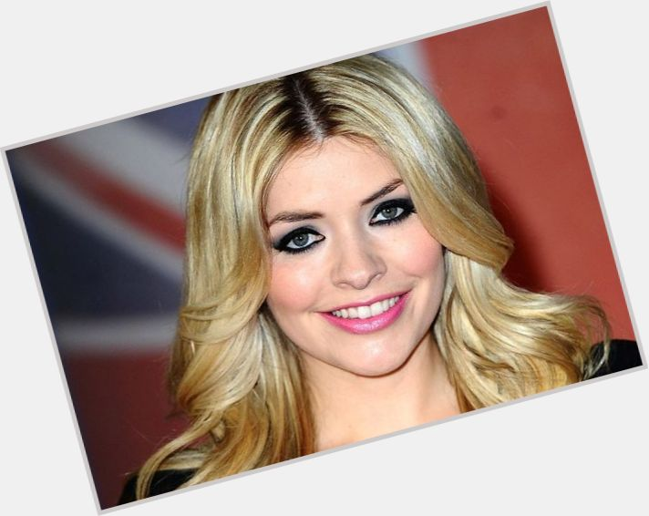 Holly Willoughby birthday 2015