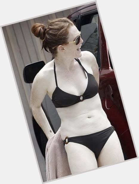 Julianne Moore sexy 11