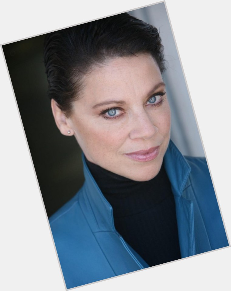 Kathleen Gati full body 8
