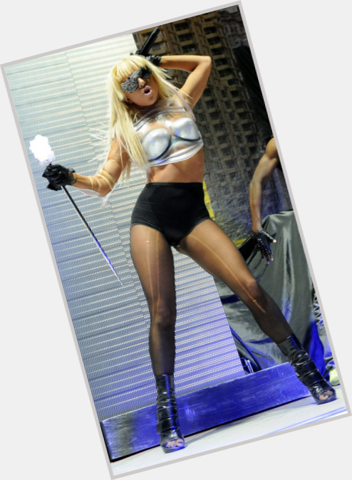 Lady Gaga body 11