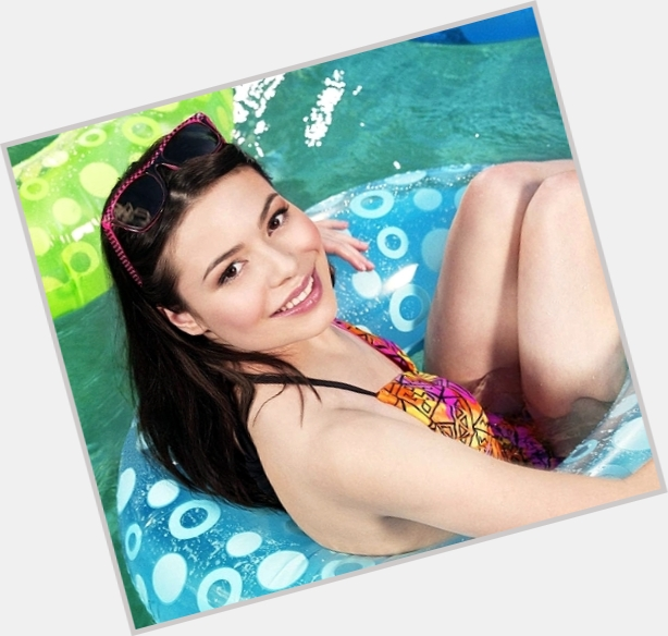 Miranda Cosgrove exclusive 8