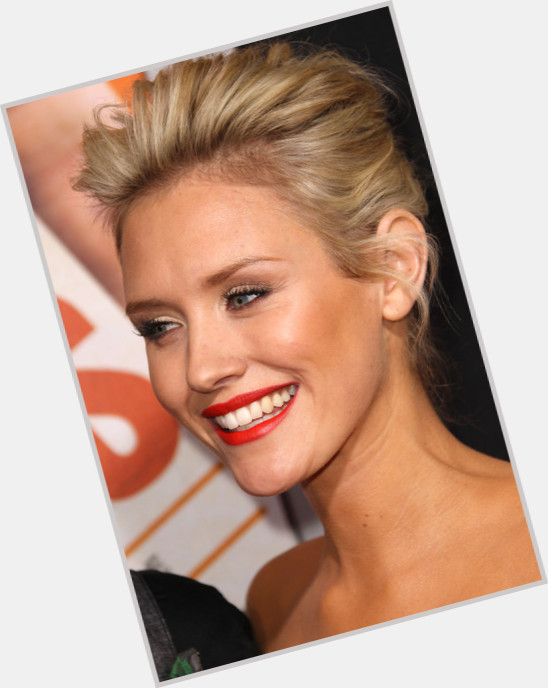 Nicky Whelan exclusive 0
