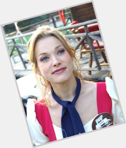 nicole dehuff actress