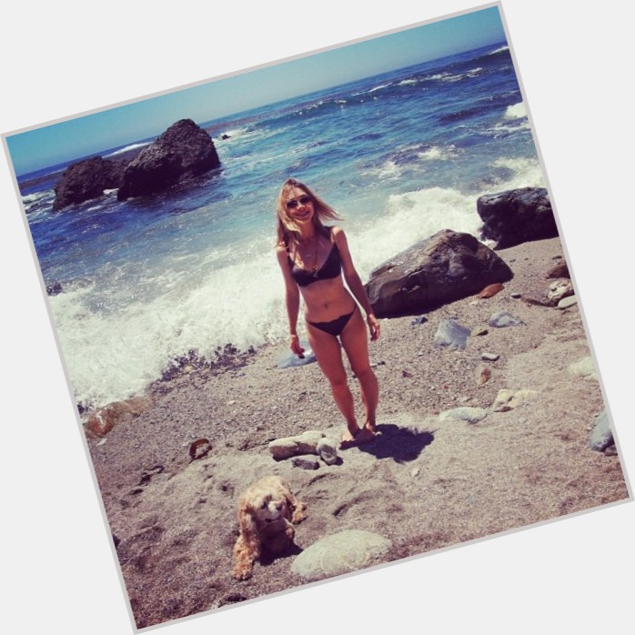 olesya-rulin-bikini-pics