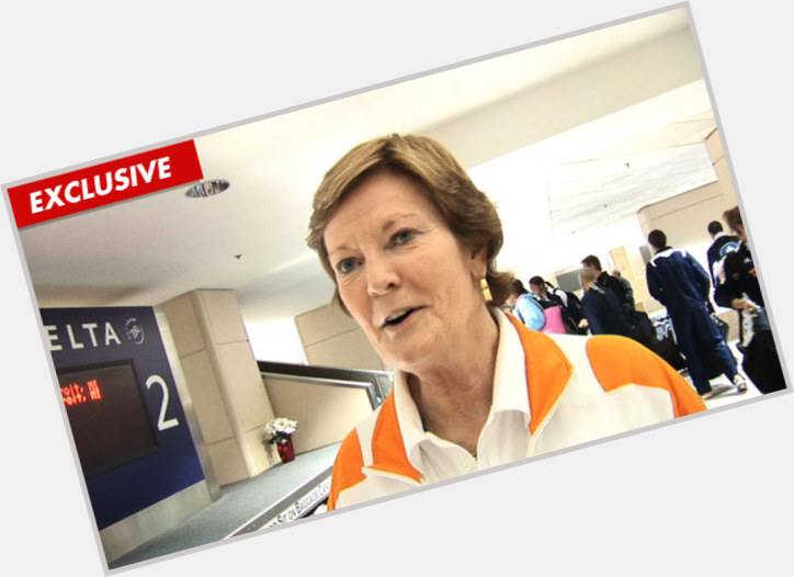 Pat Summitt full body 3