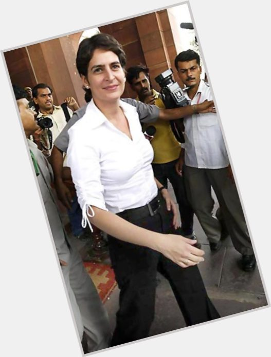Priyanka Gandhi full body 10