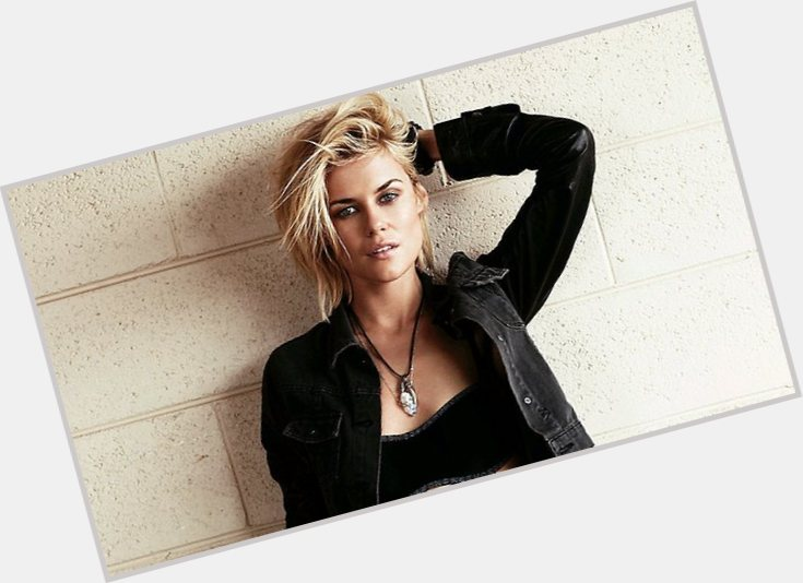 Rachael Taylor exclusive hot pic 7