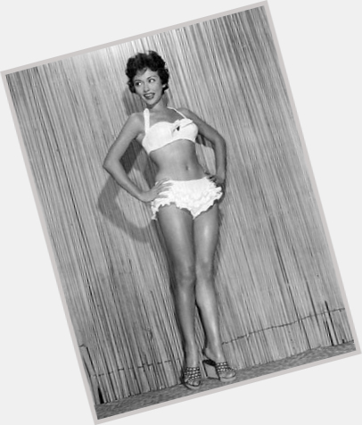 Rita Moreno full body 9