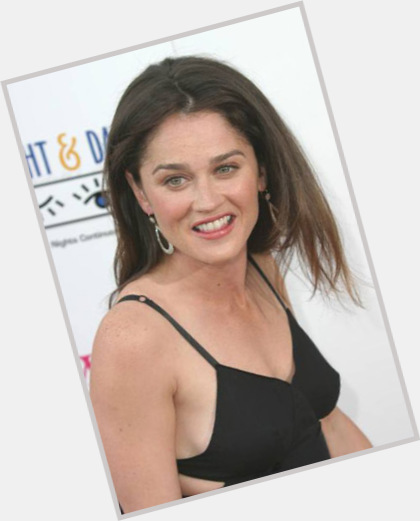 Robin Tunney full body 10