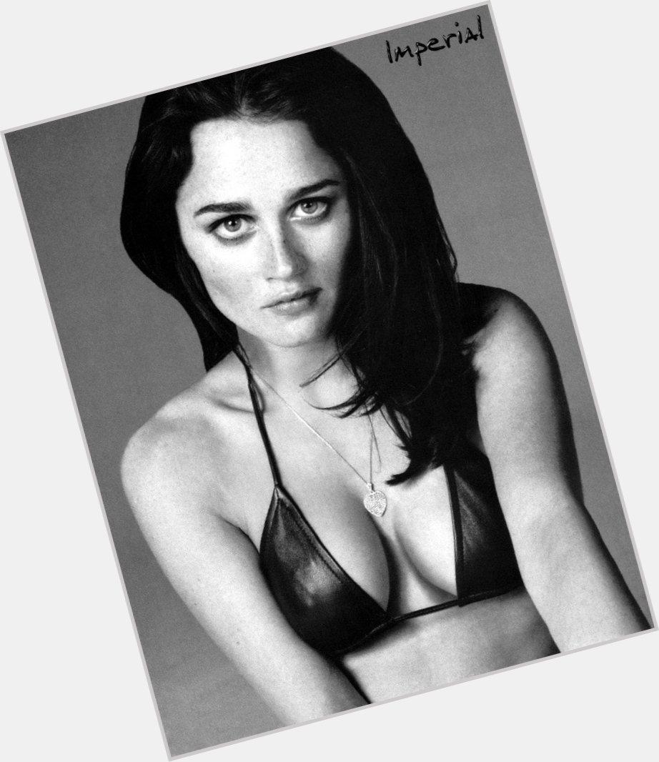 Werk Tunney begon haar carrière met kleine rollen in series als Life Goes On en Law amp Order Haar doorbraak kwam in 1996 toen ze een rol kreeg in de tienerfilm The