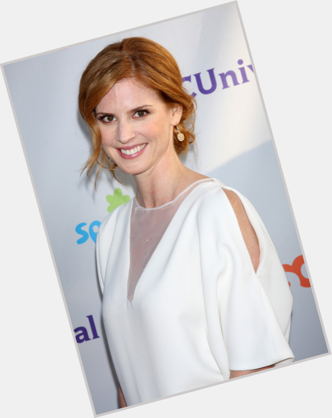 Sarah Rafferty full body 11