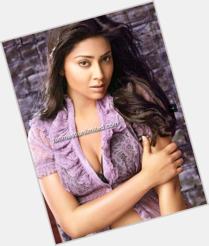 Shriya Saran dating 10