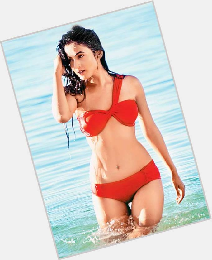Sonal Chauhan new pic 3