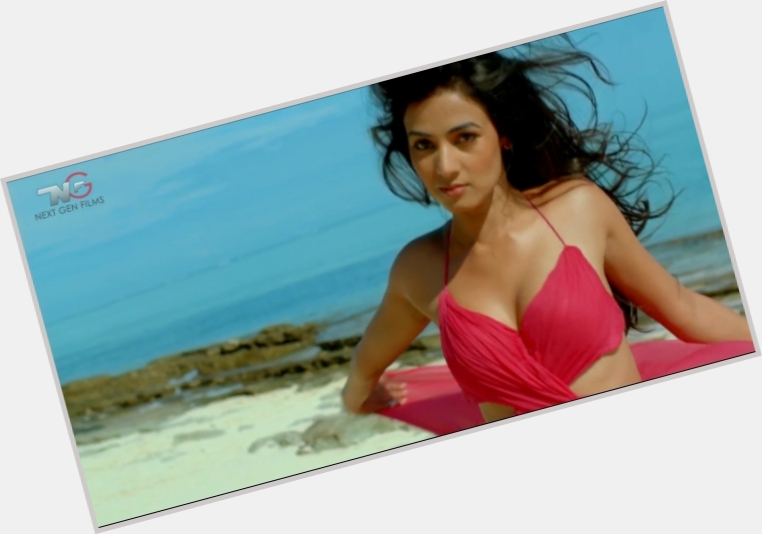Sonal Chauhan new pic 9