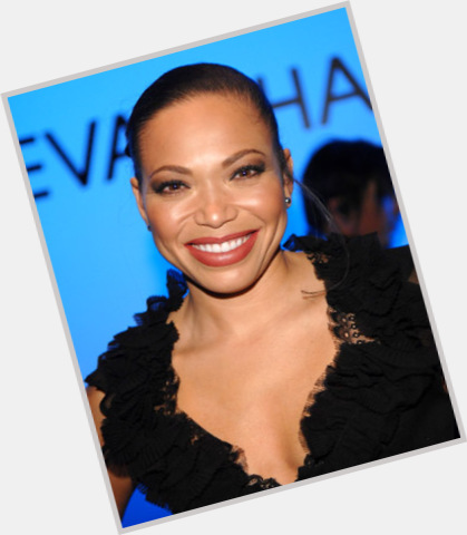 Tisha Campbell Martin dating 7