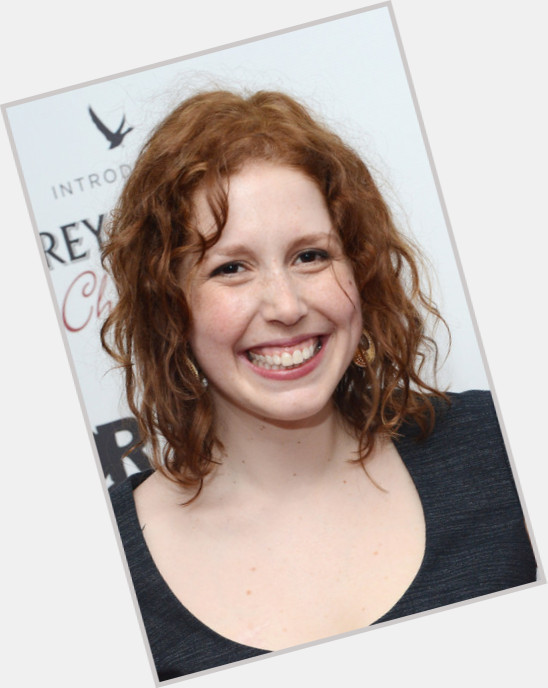 Vanessa Bayer birthday 2015
