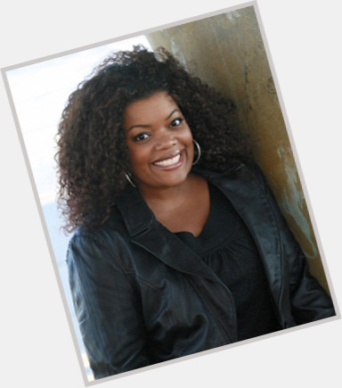 Yvette Nicole Brown gay 7