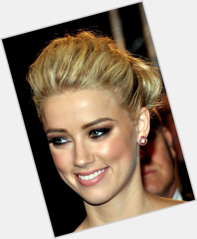amber heard no makeup 0
