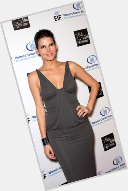 angie harmon law and order 7