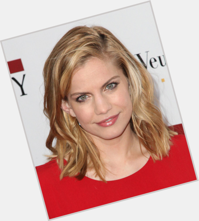 Anna Chlumsky birthday 2015