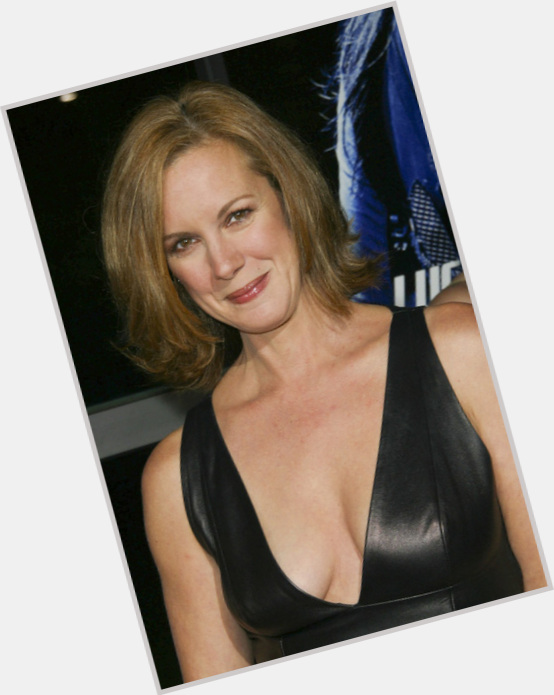 Elizabeth Perkins birthday 2015