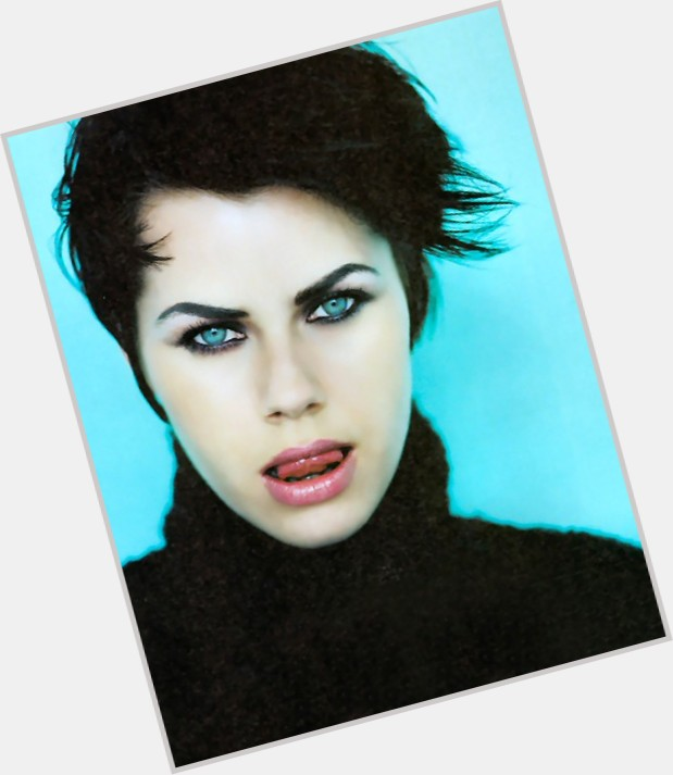 619 x 713 jpeg 55kBFairuza