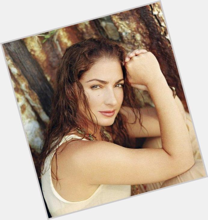gloria estefan album 9