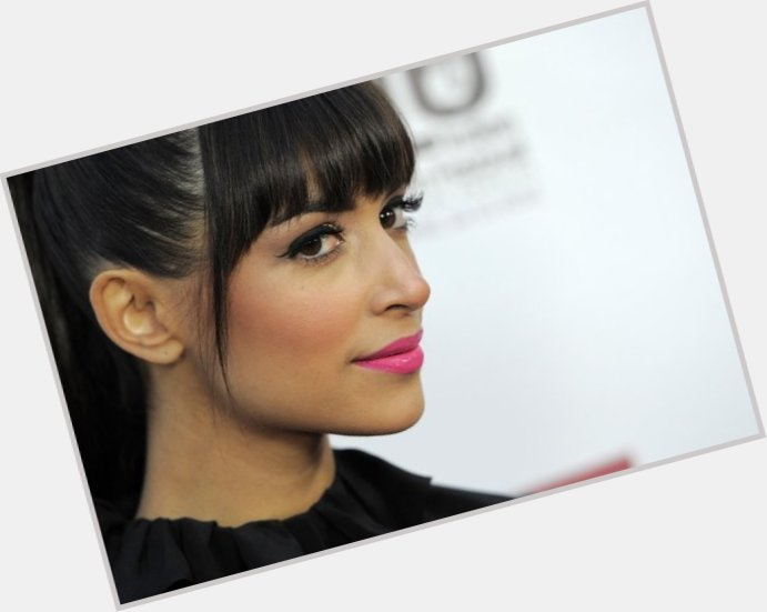 Hannah Simone birthday 2015