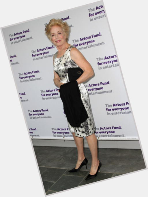 holland taylor two and a half men 6