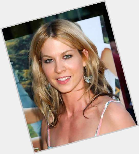 Jenna Elfman birthday 2015