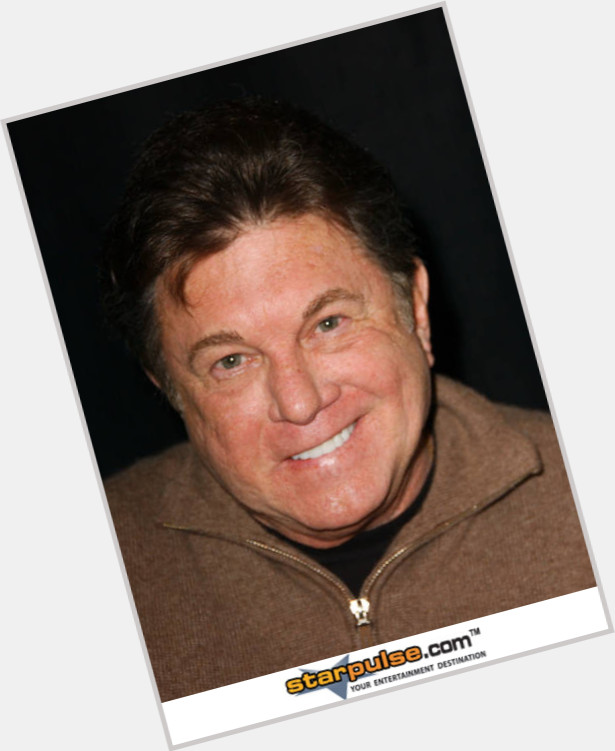larry manetti actor - 615×751